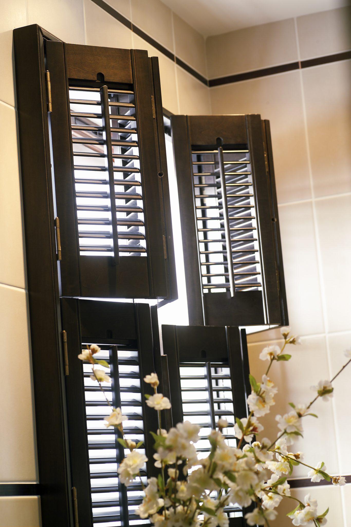 Home shutter gallery tier on tier shutters tier on tier shutters - Dark Tier On Tier Shutters